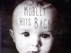 Mobley Hits Back