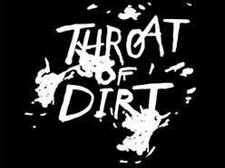 throat of dirt