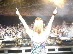 DJ Vicky Devine