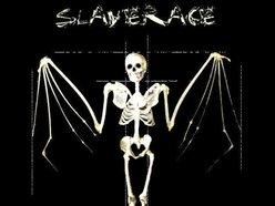 SlaveRace