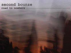 Second bounze