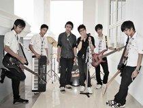 KEJAR TAYANG band