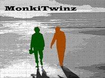 MonkiTwinz