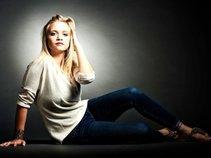 Ally Lindeen