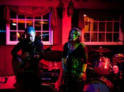 Image for Leslie & Éamonn ~ Acoustic Rock n' Pop Covers