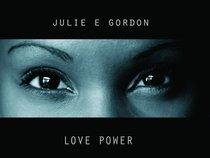 Julie E Gordon