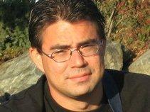 Singer/Songwriter Daniel Oliver Francis