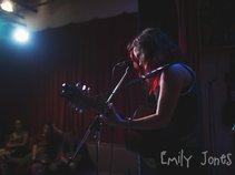 Emily Jones - Music Artist