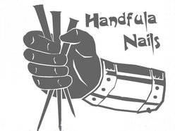 HANDFULA  NAILS