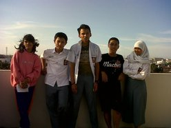 Aiji High Crew