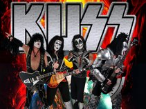 KUSS ∞ A Tribute To KISS