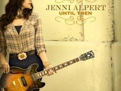 Jenni Alpert