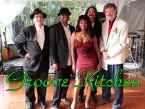 Ed Mays Groove Kitchen