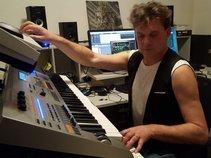 DCMusicCRO - Songwriter / Solo Musician
