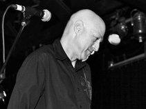 Alan Watt-Multi Instrumentalist, Songwriter, Producer, Audio Engineer