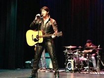 Elvis Tribute Artist, Brent Giddens