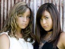 Cassy and Alyssa Gaddis