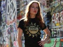 Rae Shine