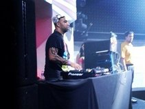 DJ LEGACY