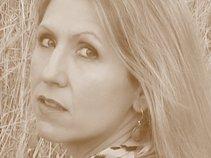 Wendy Suzanne