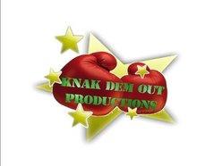 Mega Banton / knak dem out productions