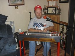 1 man band,,,i do my own music and singing with help from my wife Audry