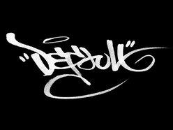 DEFAULT_UK
