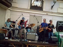 Across Band Valladolid