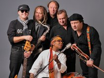 YOLANDA BUSH (USA) & THE ROAD BAND (LT)