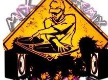 DJ SKOO B