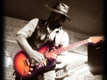 Dan Lawyer and Serious Trouble - A Tribute to Stevie Ray Vaughan