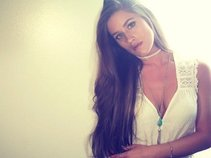 Caitlin Ward