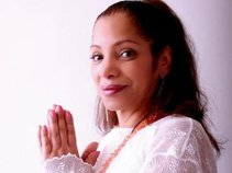 Geni Pereira /She's Sonante Music Ambassadress