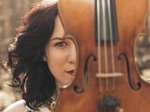 Geneviève Salamone: The One-Woman Symphony
