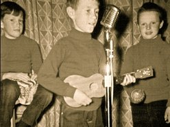 Jimmy Squarebales & his Waggin Ears