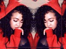 Ashlee Raynee
