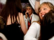 A Rod Stewart tribute/Atlantic Crossing
