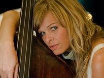 Jozee Devoua