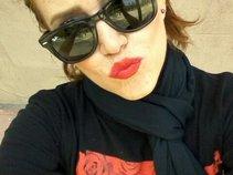 Nina Marvelle