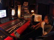 Bobby MacIntyre's music production