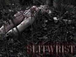Slitwrist