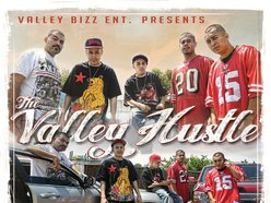 THE VALLEY HUSTLE
