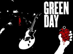 Green Day Idiot INdonesia
