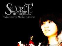 Secret Moment Gothic