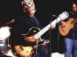 Loba African Jazz Trio