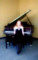 1369203362 talia and piano