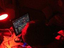 DJ iamsam