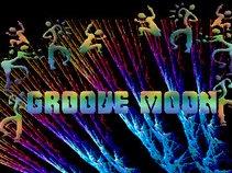 Groove Moon