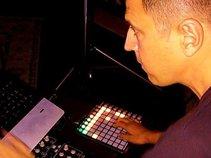 DJ Producer Justin Thomas