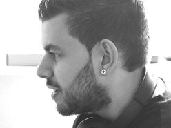 Adam Farquharson Music